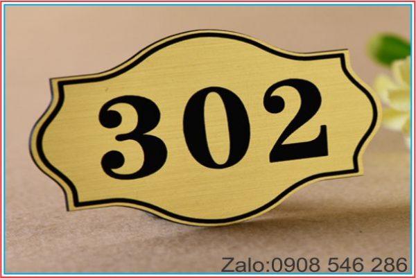 bảng số phòng inox xướt vàng